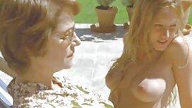 شخص ساده و معصوم سکسی دانلود فیلم سوپر از سایت شهوانی اسکایپ را روشن کرد و بیدمشک را برای پسرش خودارضایی کرد