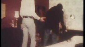 زیبنده زاندر نویسنده بلوند را روی یک میز استخر قرار می عکس سکسی از زنان چاق دهد