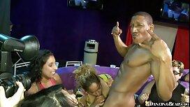 آبنوس خوش تیپ جینا والنتینا انگشت گرفت و در عکسهای سکسی از زیر بغل لعنتی