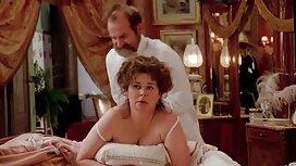 دختر بی حوصله شد و آن عکس از فیلم های سکسی مرد تصمیم گرفت که در هنگام کار ، با آن الاغ بازی کند