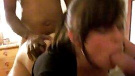 زوج بالغ در مقابل دوربین رابطه جنسی مقعد عکسهای سکسی از کون دارند