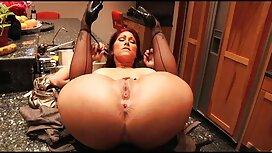 سیاه زیبا عکس سکسی از سوسانو یک جوجه جوان را در الاغ قرار می دهد