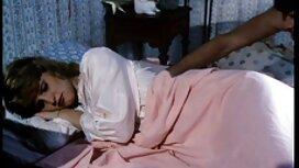 Tori Lane یک عکس سکسی از گی خروس تف می کند و آن را مک می کند